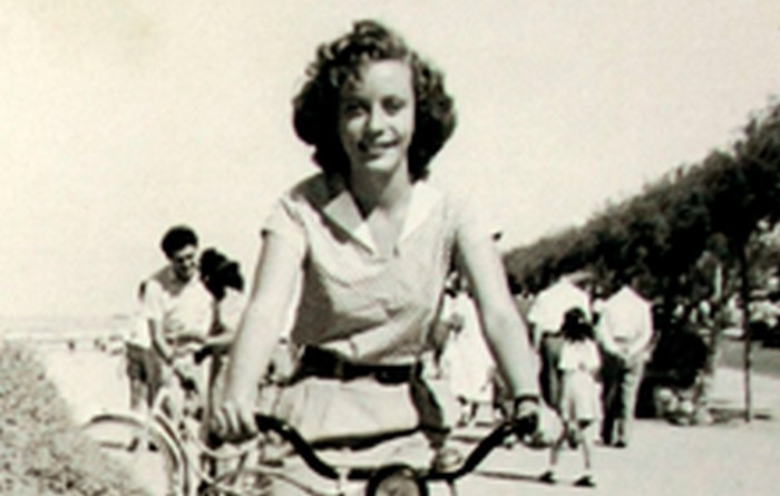 Yanina Ecker. Tel Aviv in the 1950s.
