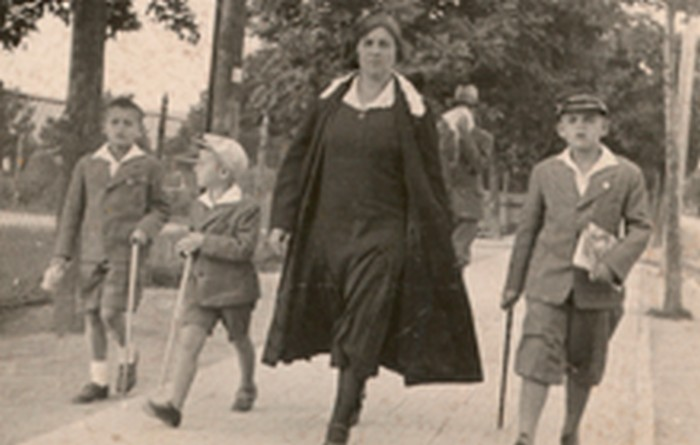 Józef Fiszer's mother with her sons in Rymanów. 1929.