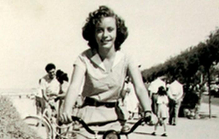 Yanina Ecker, Tel Awiw lata 50. XX w. wł. prywatna