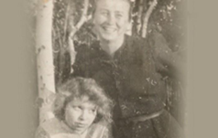 Dorota Girtler z Klementyną Zienkiewicz, 1944 r., wł. prywatna