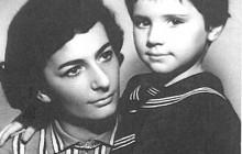 Niusia Horowitz-Karakulska z córką Magdą, Kraków, 1962, wł. Niusi Horowtiz-Karakulskiej